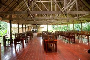puerto-maldonado-dining-area