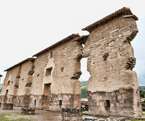 Wiracocha Raqchi Ruins