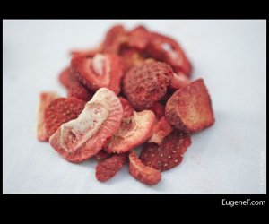 organic freeze dried strawberries