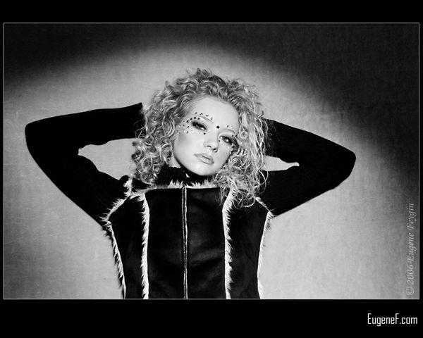 Jenn Lynn Hair Blonde Model 7