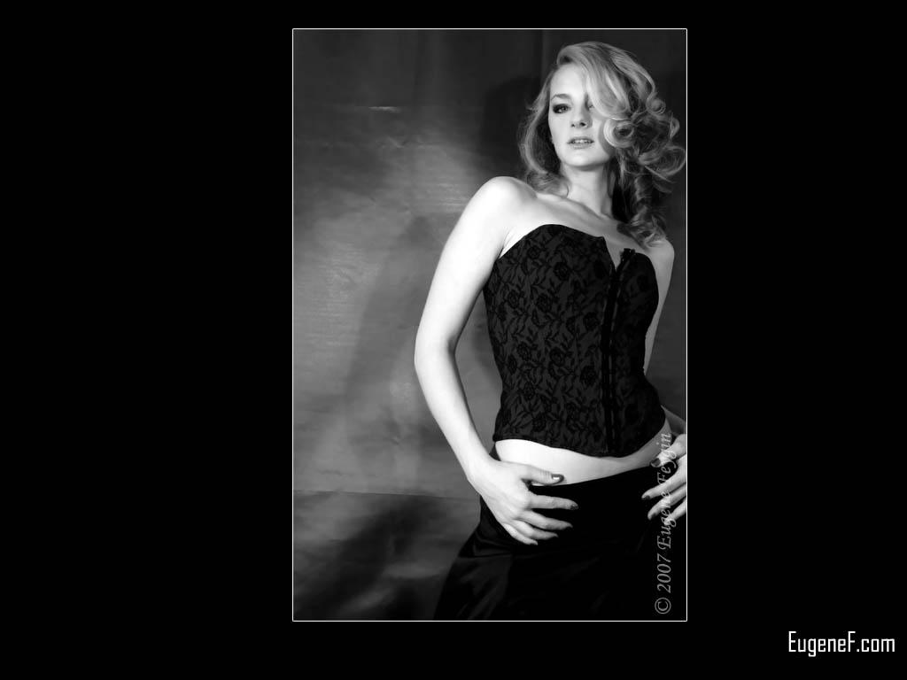 Kelly in Photo Studio 12