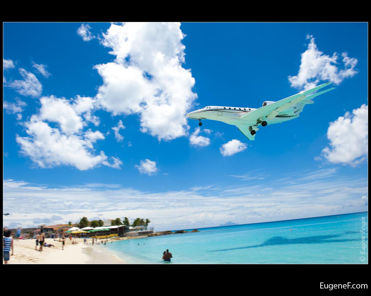Airplane Beach