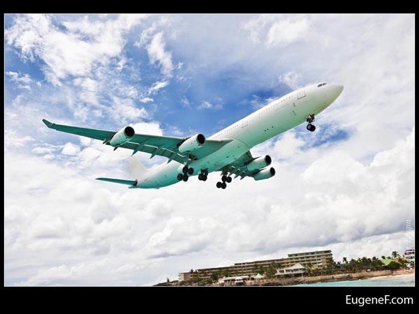 Airplane Side