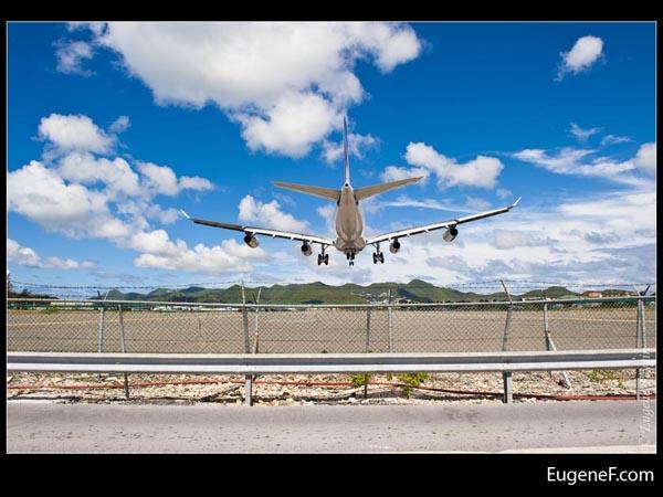 Direct Airplane Landing