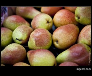 Brownish Green Pears