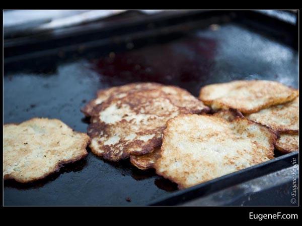 Light Dark Pancakes