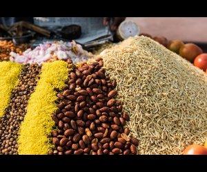 Vendor Selling Street Foods
