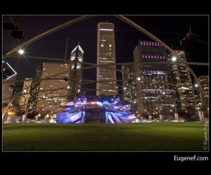 Chicago Pritzker Pavilion night 02