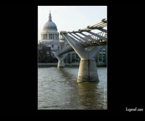 Side London Millennium Bridge