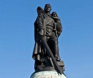 German Statues