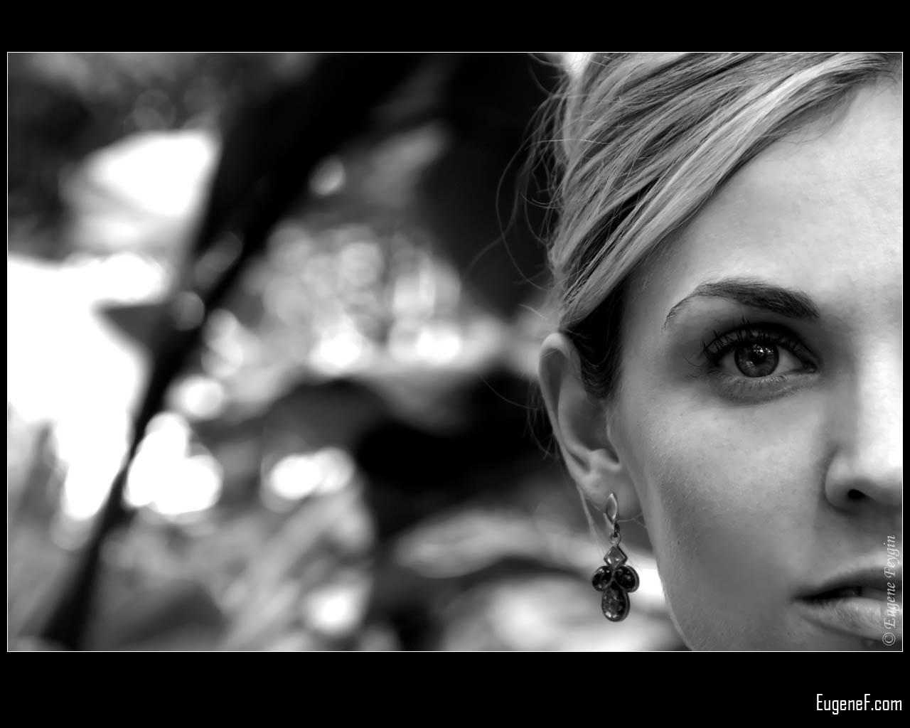Andrea Outdoor Portrait 3