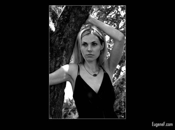 Andrea Outdoor Portrait 8