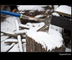 axe snow