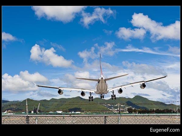 Airplane Landing Tilt