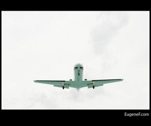 Straight Airplane